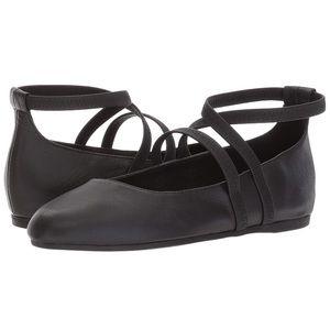"🖤Eileen Fisher ""Joe"" leather ballet flats🖤"